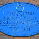 Plaque about Players on Craven Street
